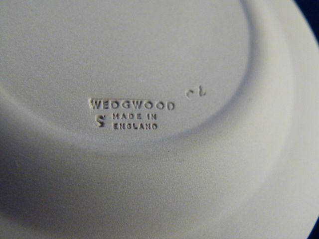 wedgwood dating markings Talk:jasperware the letters accompanying the wedgwood england for items dating between 1891-1908 usually accompanied by other potter markings and a.