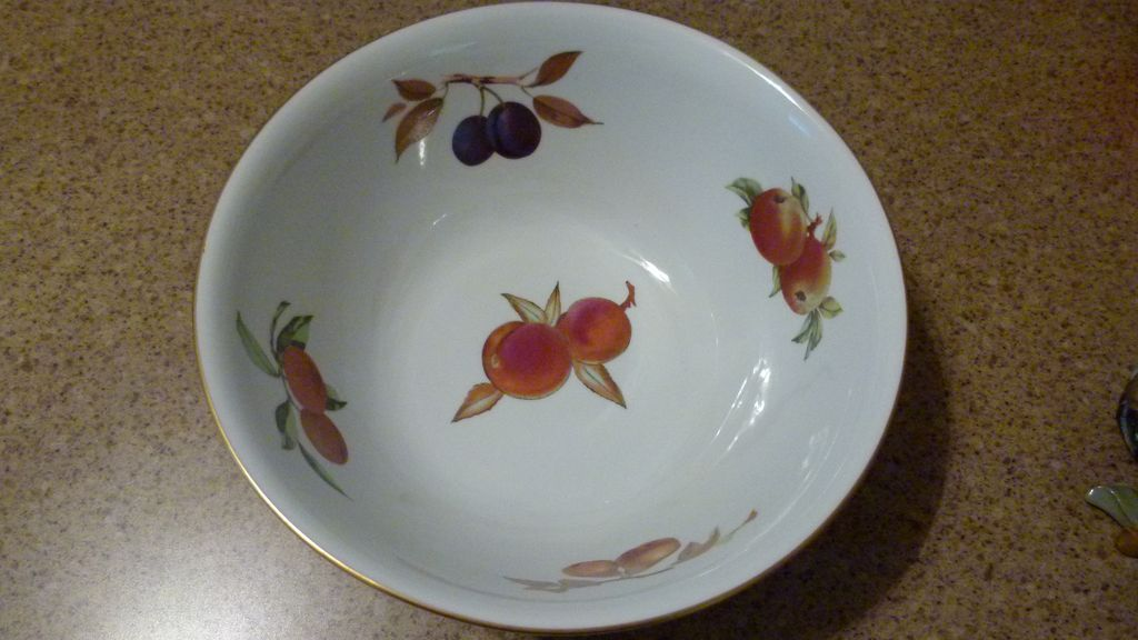 "Royal Worcester Evesham 11.25"" Bowl"