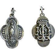 XIXth Century Sterling Medal Pendant and Chain Lourdes High Relief 3D - Rare & Unusual