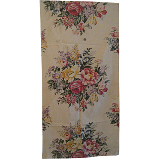 Lovely 1930's American Floral Cotton Print Fabric (7827)