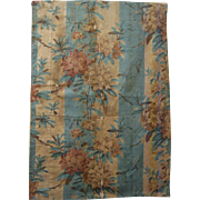 Beautiful Vintage 19th C. French Floral Cotton Chintz Fabric (9435)