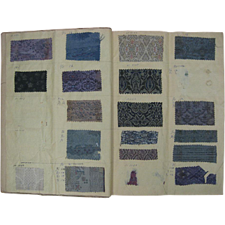 Very Rare Japanese Jacquard Wovens Swatch Book from 1972 ( 998)