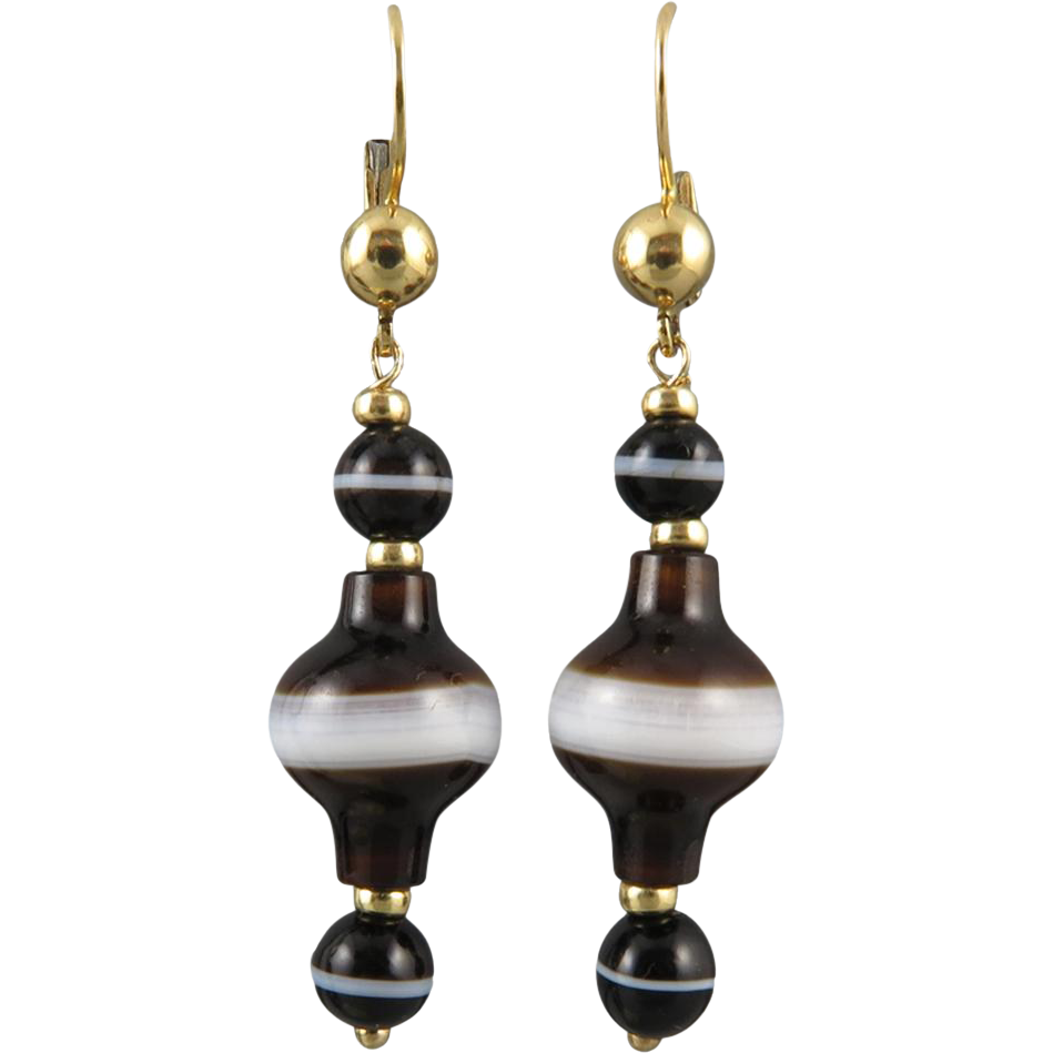 18K Victorian Banded Agate Dangle Earrings