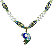 Chinese Enamel on Gilded Silver Pearl Eye Fish and Cultured Button Pearl Necklace 21""