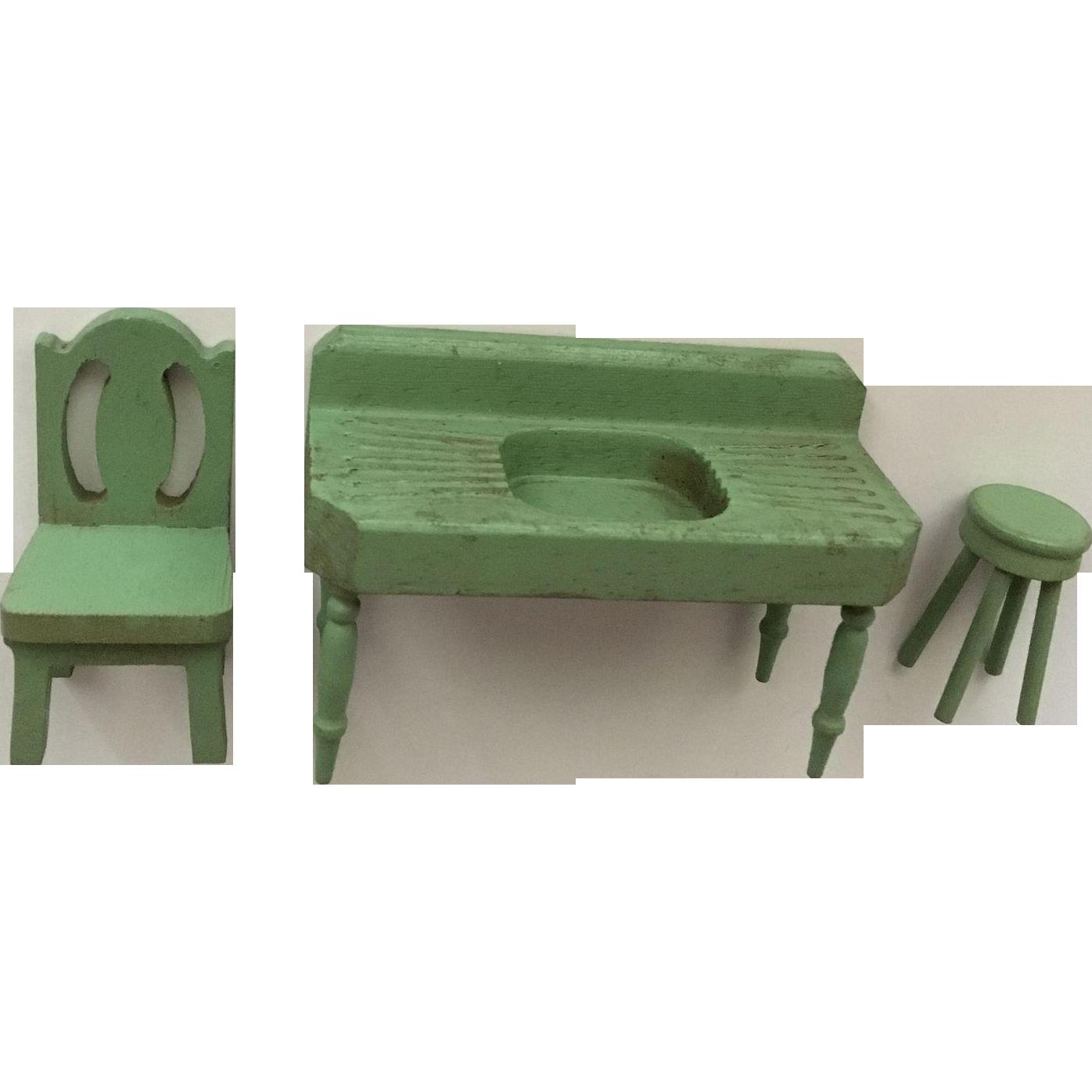 Wonderful 1940's strombecker dollhouse Furniture
