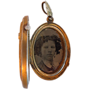 Victorian Locket with Photo of Young Woman