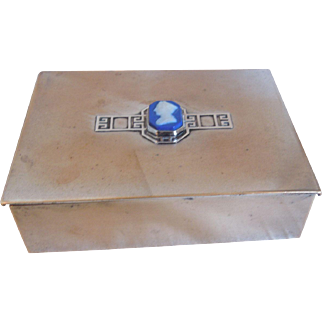Heintz Art Metal, Sterling Bronze, Arts & Crafts Box With A Wedgwood Cameo, Pat. Aug.2.12