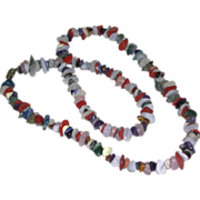 Vintage Multi Colored Red White Blue Polished Chip Gemstones Necklace