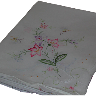 "Large White Cotton Embroidered Rectangular Tablecloth Coverlet Floral Motif 65"" by 101"""