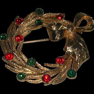 Vintage Gold Tone Rhinestone Christmas Wreath MYLU marked