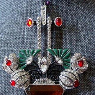 Art Deco Style Rhinestone Pendant - Necklace