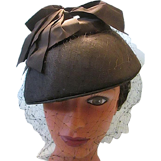 Vintage 1950s Black Ribbon Topped Cocktail Hat with Netting