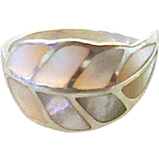 Beautiful Sterling Silver White Mother Of Pearl Leaf Ring - Size 7