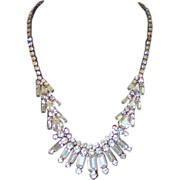 Vintage Rhinestone Necklace in Silvertone