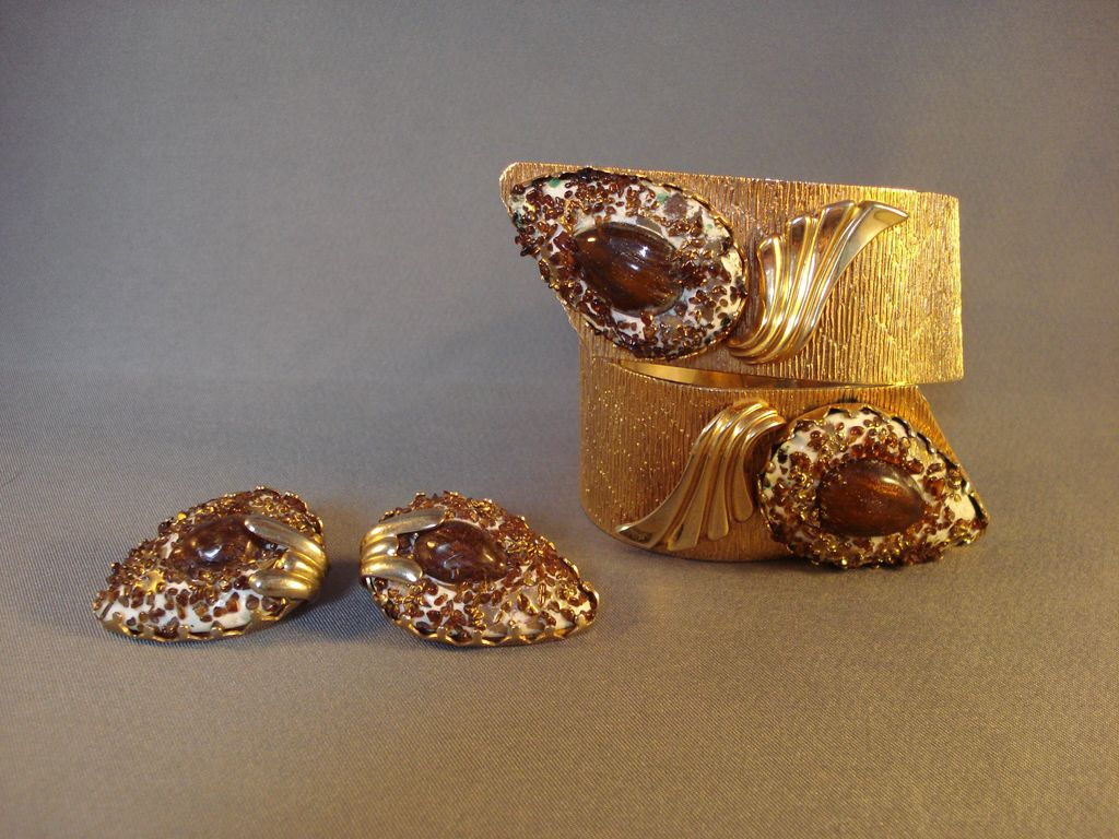 """Rare """"VARGAS"""" Hinged Bracelet & Earrings Set"""