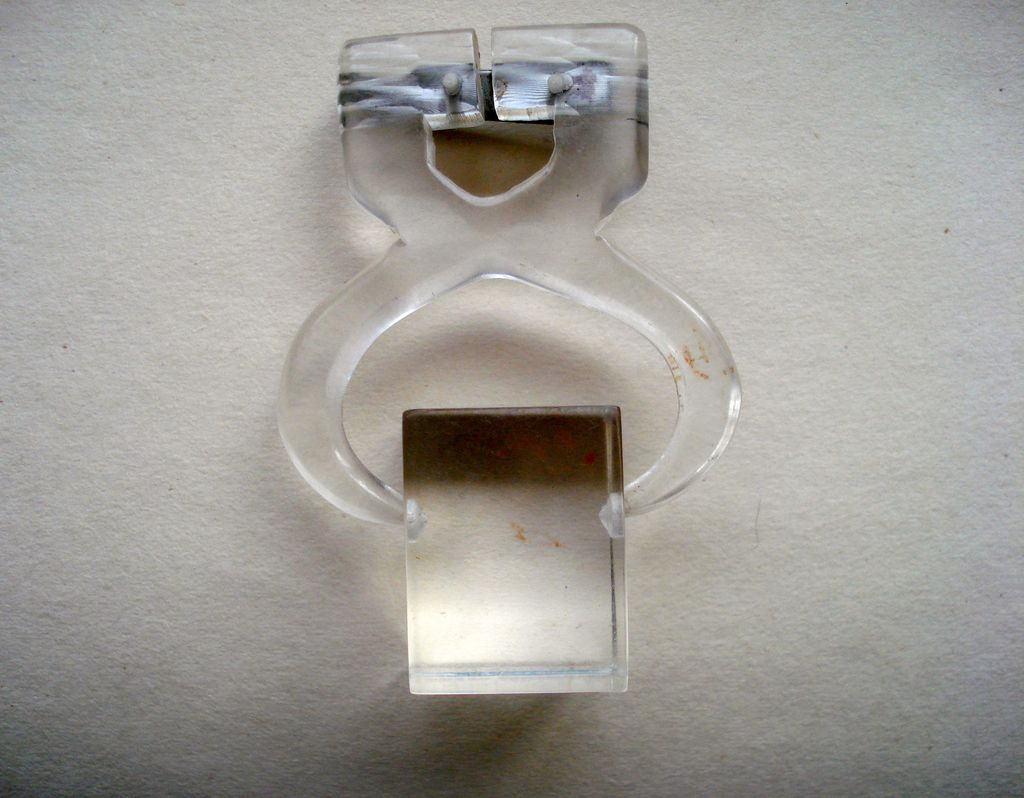 LUCITE Block Ice with Tongs Pin