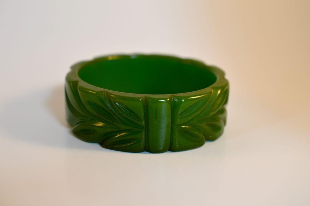 Carved Bakelite Leaf  Pattern  Bracelet
