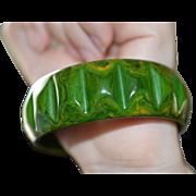 Marbled Green/Butterscotch Bakelite Bangles