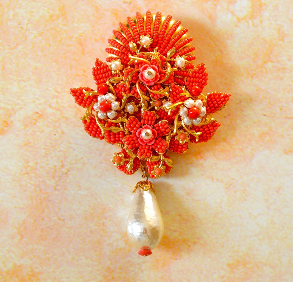 Stanley Hagler Seashell/flower Brooch