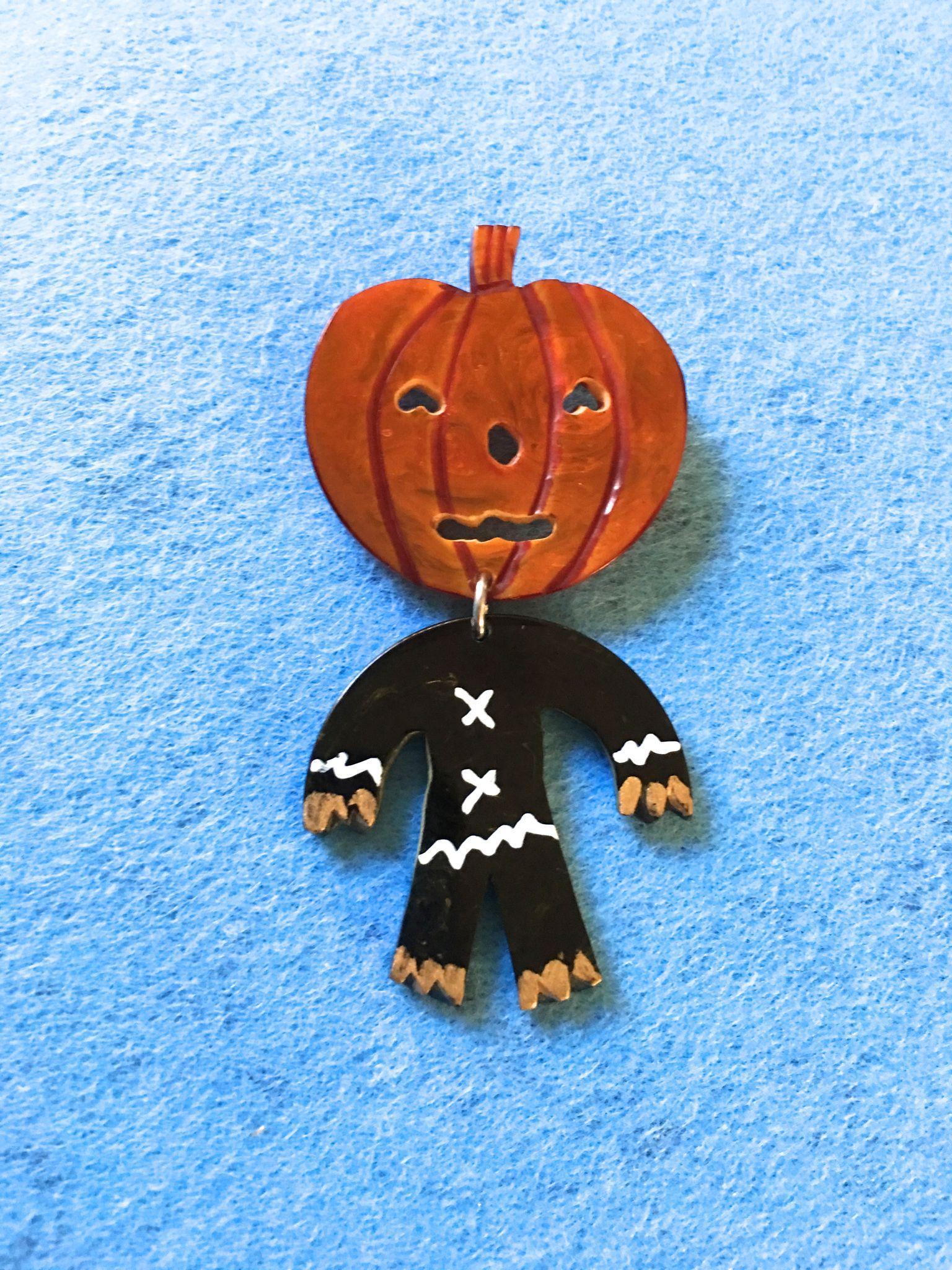 Jack-O-Lantern / Scarecrow Pin