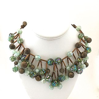 1960s Beaded Necklace