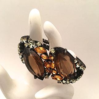 Elegant Japanned Clamper Bracelet & Earring Set