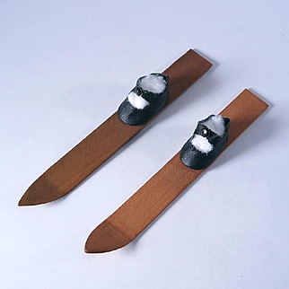 Vintage Center Snap Oilcloth Skis