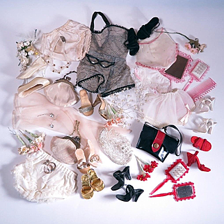 Collection of 1950's Fashion Accessories for Miss Revlon by Ideal, Madame Alexander Cissy and Others