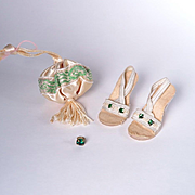 Madame Alexander Cissy Emerald Green Accessories