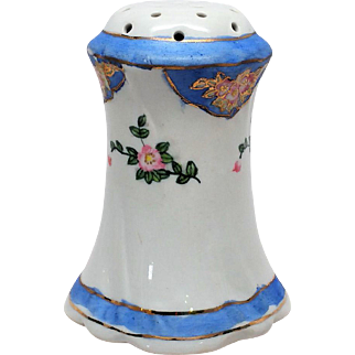 Pretty Signed Nippon Hat Pin Holder