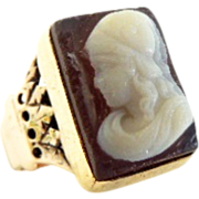 14k Victorian Hardstone Cameo yellow gold ring  4.75
