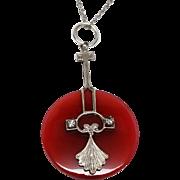 Beautiful delicate Art Deco Glass Pendant Necklace