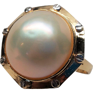 Beautiful Soft meets Industrial Modernist 14k Gold  Mabe Pearl Ring sz 7.25