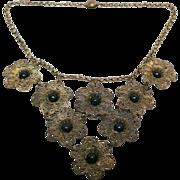 Wonderful Victorian era daisies necklace