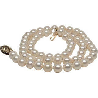 Classic strand of fresh water pearls with 14K clasp