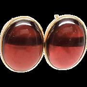 14K Rhodolite Garnet Cabochon Pierced Earring