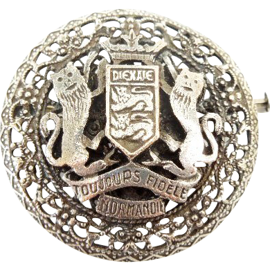 Silver Coat of arms pin signed HD Diexaie Tourjours Fiedele Normandie W/ Trombone hinge