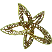 Vintage 14K German Filigree Star Pin