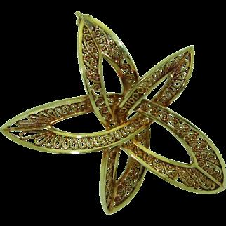 Vintage 14K German Filigree Star Pin