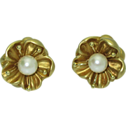 18k Green Gold & Cultured Pearl Flower Earrings