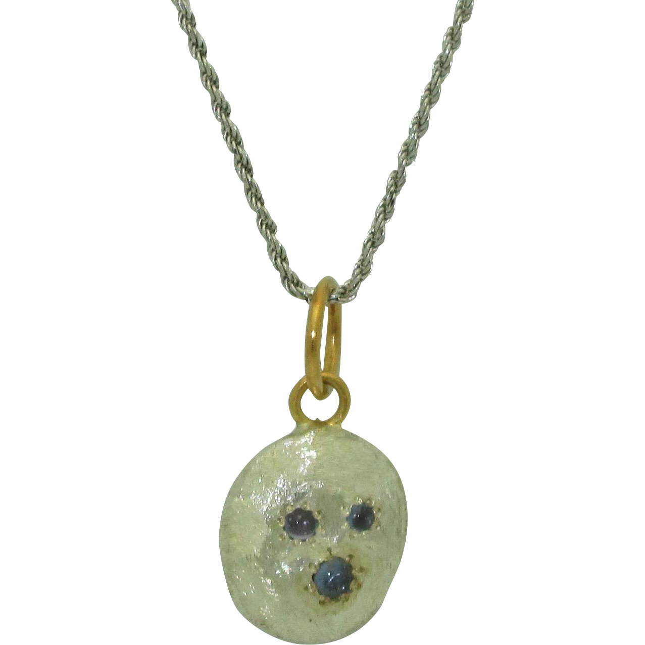 Custom Fine Silver Pebble Necklace with Yogo Sapphires