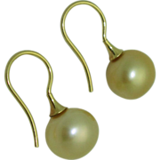 Golden Cultured South Sea Pearl Earrings 14K