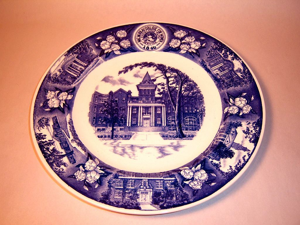 Wedgwood MacMurray College for Women 1946 Centennial Plate