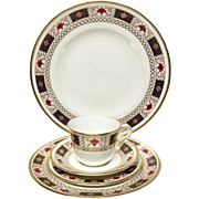"Royal Crown Derby ""Derby Border"" A1253 5-Piece Place Setting"