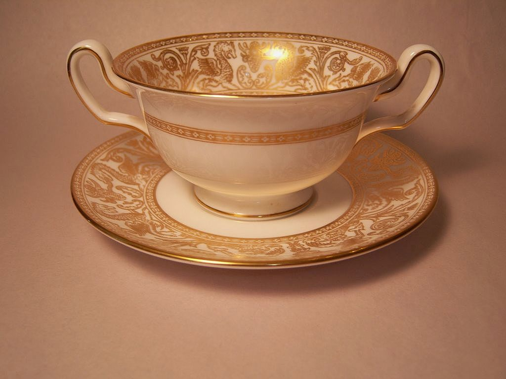 Wedgwood Gold Florentine Cream Soup & Saucer