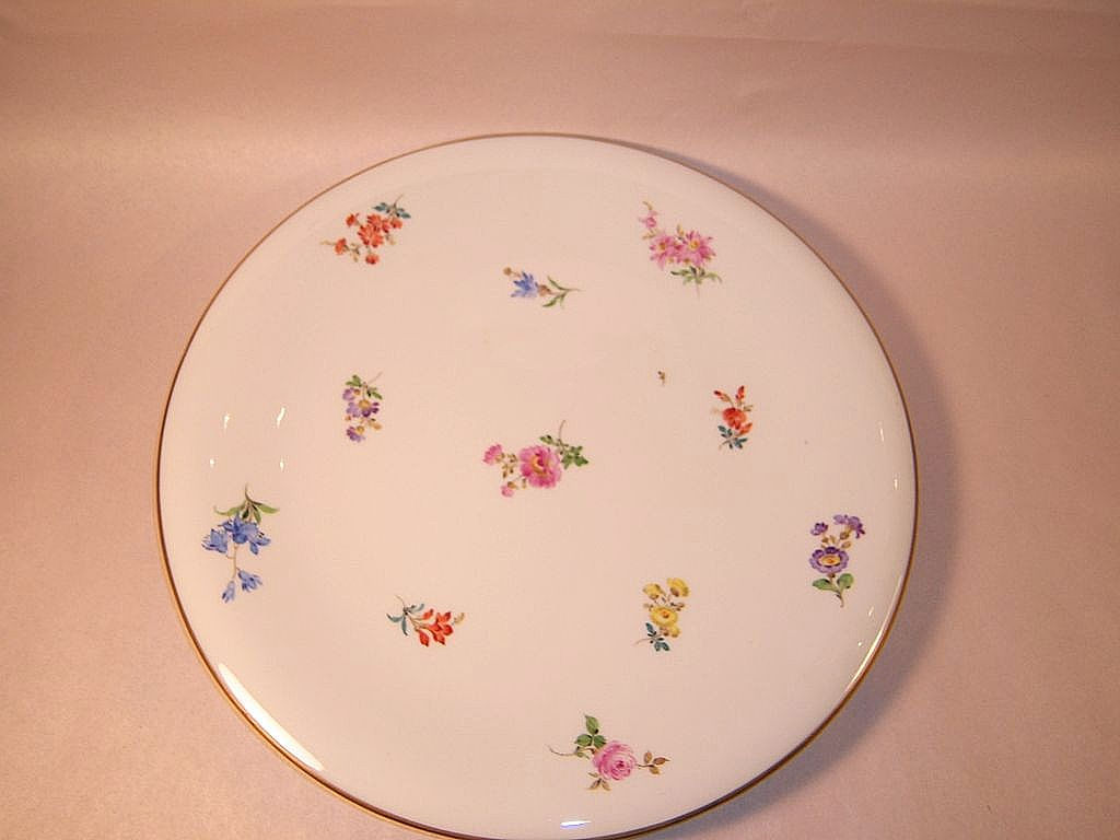 "Meissen ""Scattered Flowers"" Round Platter or Plaque"