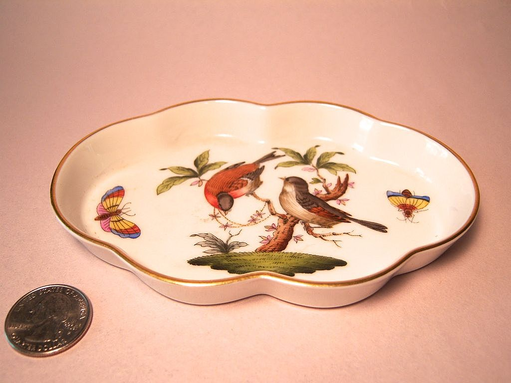 Herend Rothschild Bird (RO) Small Scalloped Tray 7705