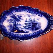 T.J. & J Mayer ARABESQUE Antique Flow Blue Shell Dish