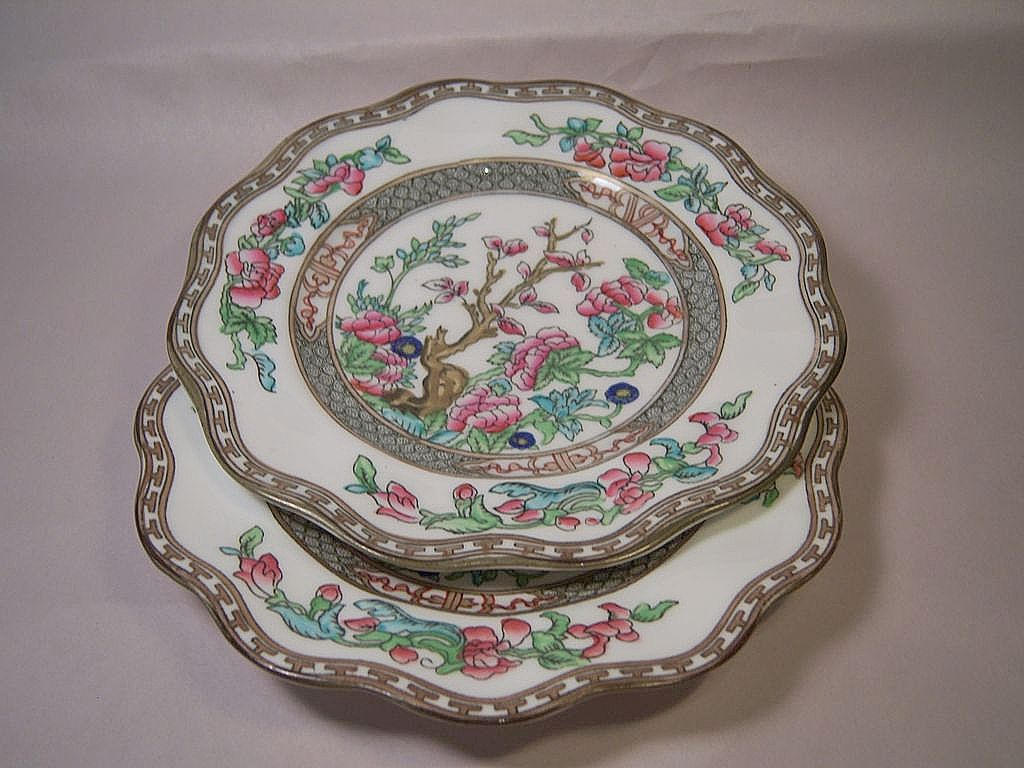 Two Coalport Indian Tree Scalloped Luncheon Plates