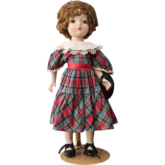 Madame Alexander Hard Plastic Binnie Walker